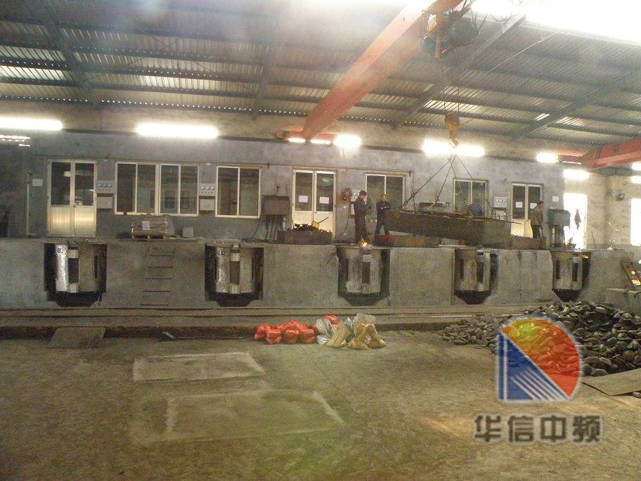 大容量炉体外壳采用钢架结构,炉体结构由炉固定架和炉本体组成,炉