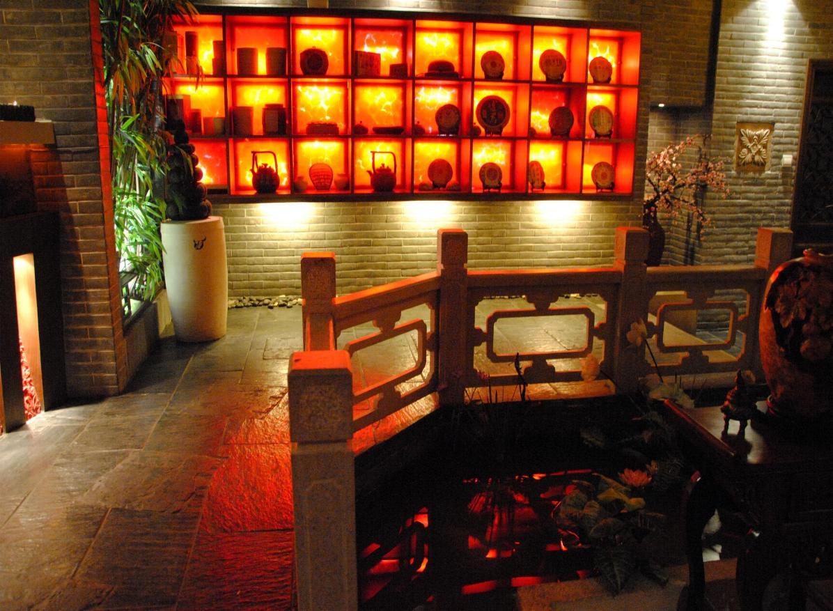 提供灯光照明设计-梁玛灯光&环境10-08   :; 中式茶馆装修设计效果