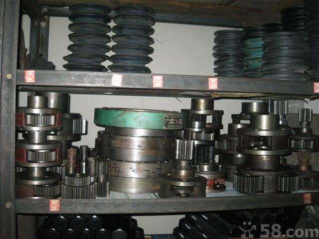 塔吊配件 塔吊标准节 回转减速机