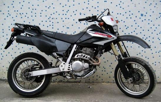 本田xr250越野摩托车