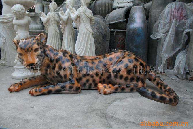 供应深圳玻璃钢动物雕塑