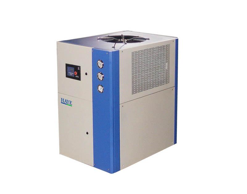 工业冷机_供应风冷箱型工业冷水机