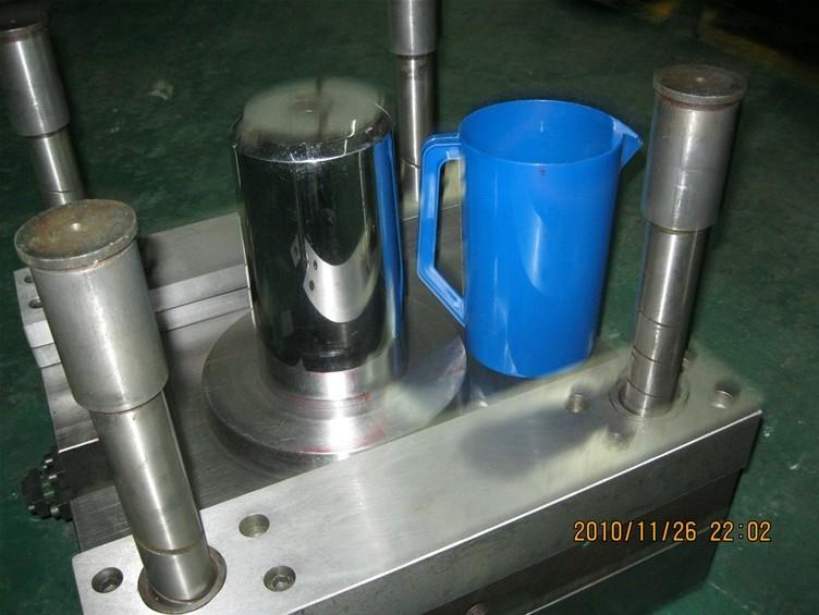 供应塑料杯子模具|优质塑料杯模具|牙刷杯模具