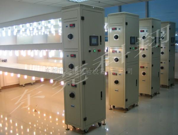 供应光源寿命测试架-光源老化架-灯具老化架 KXT3451型光源寿命测试架 概 述: 本设备测试输入电源采用稳压电源,具6路独立可调输出,每路电源各分10组输出,每路输出独立电压调节、电压指示;每组输出独立通电指示、工作状态监控、工作时间指示;每组端口均由PLC通过控制软件单独设定及控制,用户可根据实际需求独立设置每组测试电源电压、测试时间控制(开机时间、关机时间)、计数控制;可以设定多个通断周期的工作及工作周期的时间设定;设备具有断路检测、短路检测等故代检测功能,并记录保存故障原因、发生故障时间及已完成
