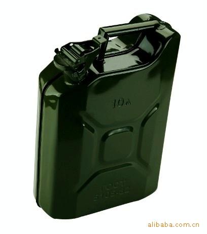 便携式油桶,油壶,汽车备用油桶,外贸出口油桶,美式油桶,德国二战军用