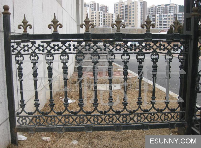 长沙欧式别墅围墙铁艺